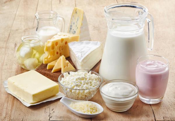 Stosując zrównoważoną dietę nie powinniśmy mieć problemów z niedoborem wapnia.