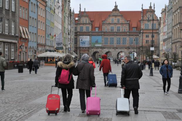 Liczba odwołanych rezerwacji wskazuje na to, że w najbliższych tygodniach turystyczne miejsca Trójmiasta opustoszeją.