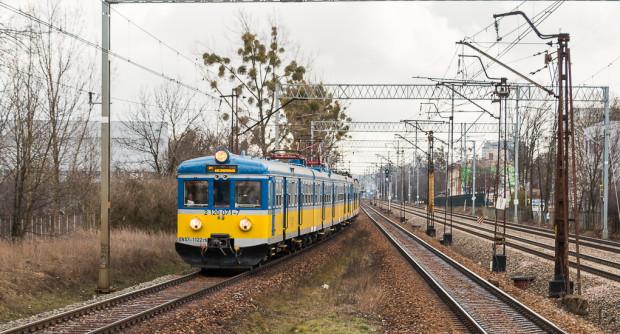 Szybka Kolej Miejska na razie nie planuje ograniczeń w kursowaniu pociągów.