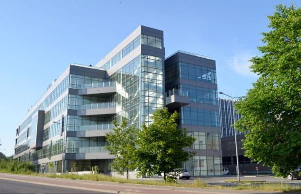 Siedziba firmy Pomorskie Centrum Dźwignicowe znajduje się w widocznym na zdjęciu Gdańskim Parku Naukowo-Technologicznym przy ul. Trzy Lipy 3.