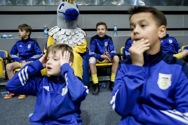 Stowarzyszenie Inicjatywa Arka Gdynia skupia obecnie 300 piłkarzy w 14 drużynach, a gdyby zaszła potrzeba, może również włączyć się w ratowanie seniorskiej piłki. Zdjęcie z turnieju Arka Cup.
