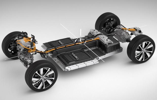 XC40 Recharge wyposażone jest w dwa silniki elektryczne, które zlokalizowane są przy obu osiach auta, dzięki czemu napędzane jest na wszystkie koła.
