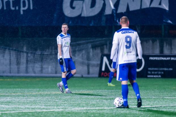 Liczba dziewięciu wystawionych młodzieżowców przez Jerzego Jastrzębowskiego w pierwszym wiosennym meczu Bałtyku Gdynia pozwoliła wierzyć w dobry wynik w tabeli Pro Junior System na koniec sezonu.
