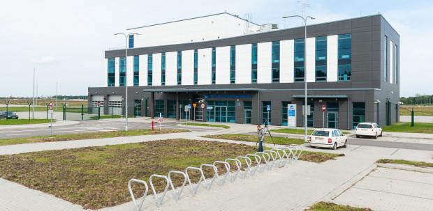 Na lotnisku Gdynia-Kosakowo gotowy jest m.in. niewielki terminal pasażerski.