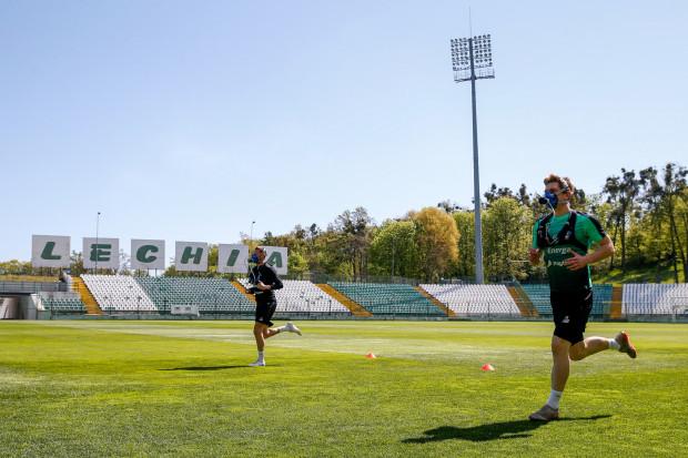Lechia Gdańsk rozpoczęła treningi w grupach liczących od 1 do 7 piłkarzy.