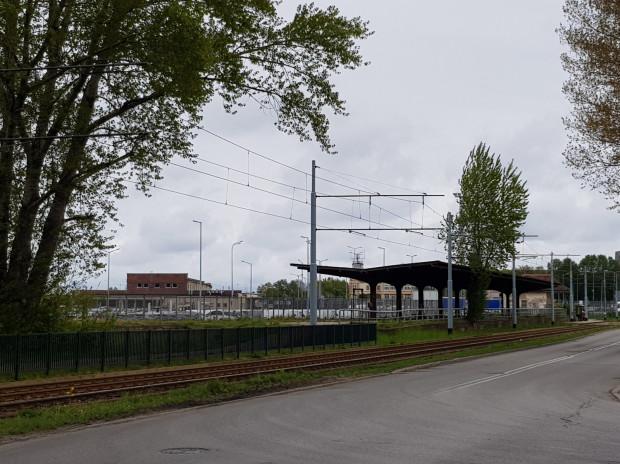 Dawna stacja kolejowa w Nowym Porcie przy ul. Oliwskiej.