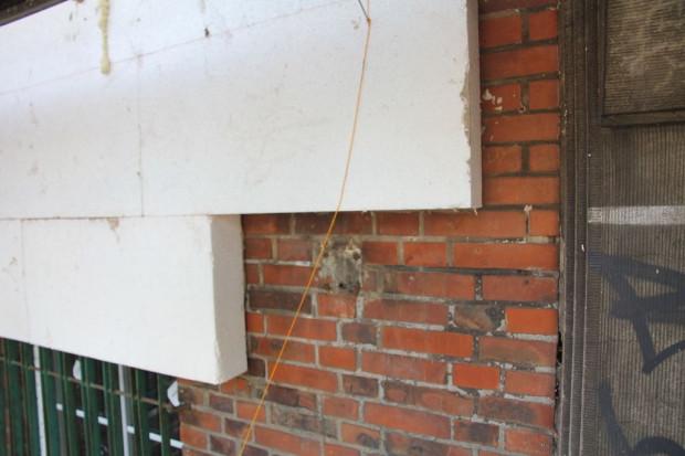 Zdaniem członków FRAG, skarby architektury międzywojennej giną w Gdańsku pod styropianem.
