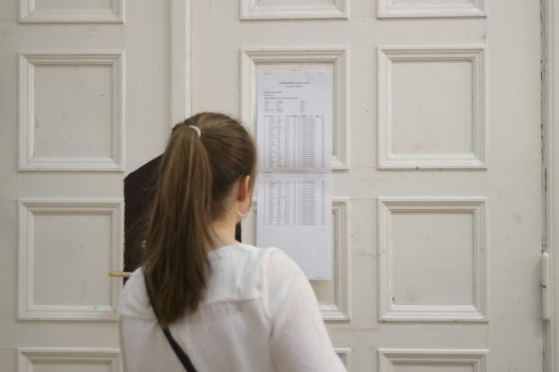 8-29 czerwca - to nowe terminy egzaminów maturalnych, ale bez egzaminów ustnych.