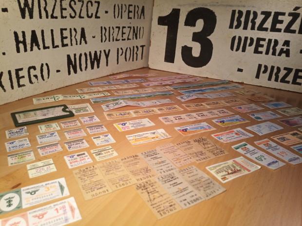 Większość kolekcji stanowią bilety gdańskiej komunikacji miejskiej. Wśród nich można znaleźć zarówno te jednorazowe, jak i okresowe.