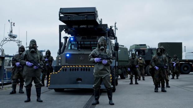 Do pracy przy niemieckim serialu zatrudniono polskich statystów, zagrali też m.in. żołnierze formacji Formoza.