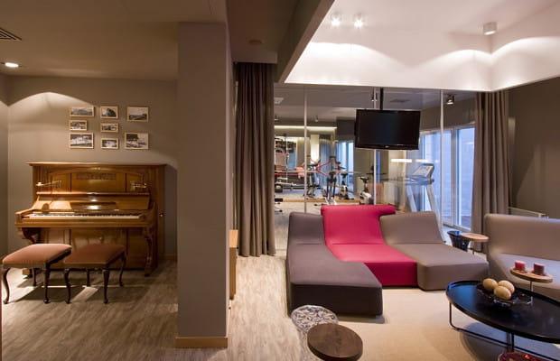 Apartamenty w Orłowie. Poza siłownią czy strefą relaksu mieszkańcy korzystać mogą z pianina.