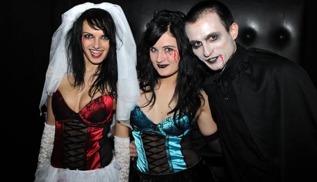 Imprezy halloweenowe potrwają w Trójmieście od piątku do poniedziałku. W wielu klubach przebierańcy mogą liczyć na niespodzianki.