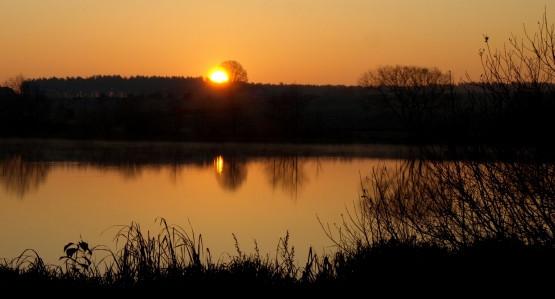 By wykorzystać w pełni jesienny dzień, wycieczkę rozpoczynamy o świcie ;)