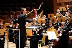 Na czele Strauss Festival Orchestra stanął Aleksiej Shakura.