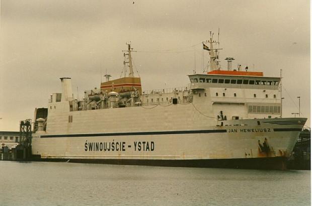 Prom Jan Heweliusz zatonął w drodze ze Świnoujścia do Ystad.