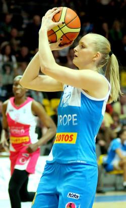 Agnieszka Bibrzycka znów zagra w Gdyni, tym razem w barwach Reprezentacji Polski choć już nie jako przedstawicielka Lotosu Gdynia