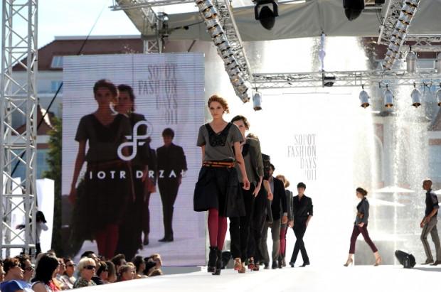 Podczas zeszłorocznego konkursu studentów szkół artystycznych Fresh Look zwyciężyła kolekcja Piotra Drzała.