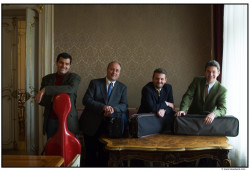 Artis Quartet - prócz kunsztu muzycznego charakteryzują się także... poczuciem humoru.