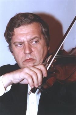 Rezydentem festiwalu w tym roku jest skrzypek Konstanty Andrzej Kulka.