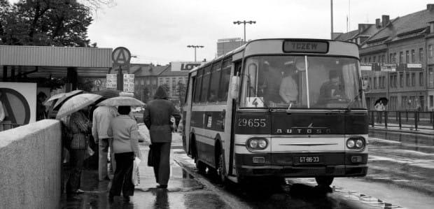 Autosany niegdyś były podstawą taboru autobusowej komunikacji podmiejskiej.