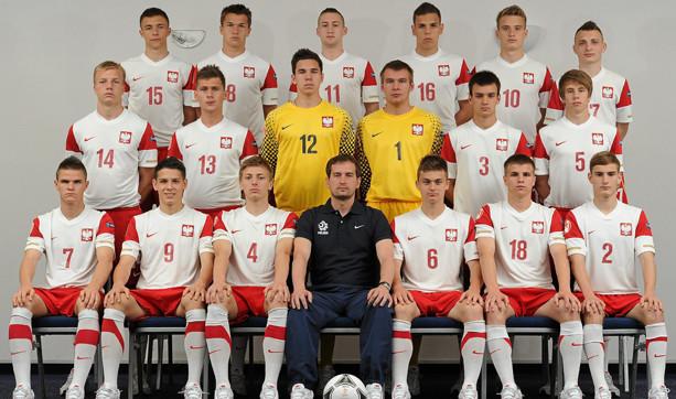 Trójmiejscy napastnicy Dariusz Formella (nr 15) i Damian Kugiel (16) z reprezentacją Polski zdobyli brązowe medale w mistrzostwach Europy do lat 17.