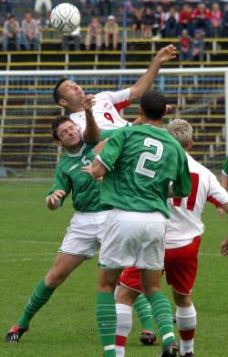 Paweł Abbot ma za sobą przygodę w młodzieżowej reprezentacji Polski. W jej barwach zmierzył się z Irlandią w Gdyni.