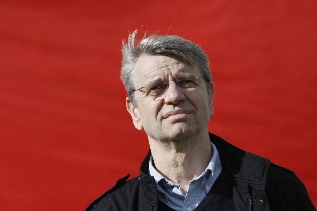 Andrzej Kuchar zainwestował w Lechię 1,5 miliona złotych oraz pożyczył piłkarskiej spółce 11,4 miliona złotych. Teraz jest skłonny odsprzedać swoje udziały, ale z kilkakrotnym zyskiem.