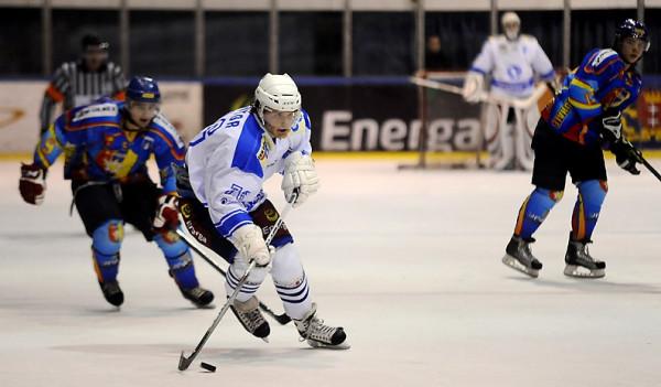 Po rocznej przerwie Gdańsk ma mieć ponownie drużynę ligową w hokeju na lodzie. Stoczniowca zastąpi Klub Hokejowy.