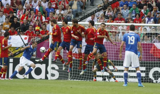 Hiszpanie wszystkie mecze w grupie C rozegrają w Gdańsku. Muszą zatem oswoić się z gdańską trawą, a nie się na nią obrażać.