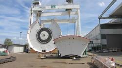 Aktualnie trwa montaż maszyny TBM w niemieckim Schwanau, gdzie swoją fabrykę ma firma Herrenknecht - największy europejski dostawca maszyn tego typu.