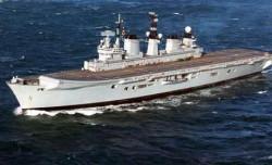 HMS Invincible, który wizytował Gdynię.