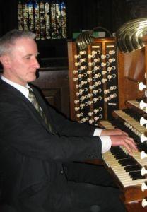 prof. Bogusław Grabowski, dyrektor XXXV Międzynarodowego Festiwalu Muzyki Organowej, Chóralnej i Kameralnej, jest obecny na każdym festiwalowym koncercie i chętnie odpowiada na wszelkie pytania ciekawskich.