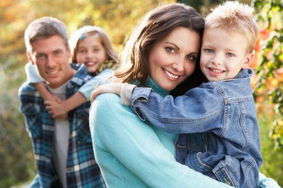 Długi spacer, wspólne warsztaty czy kino - zobacz, jak w Trójmieście ciekawie spędzić rodzinny weekend.