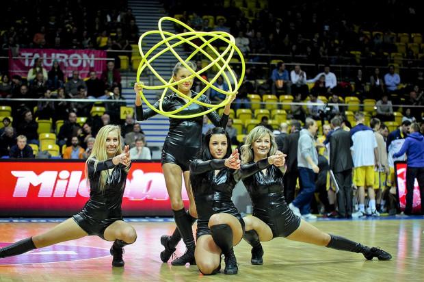 To o obecnych Cheerleaders Gdynia było w tym roku najgłośniej w mediach, ale ta grupa to nie jedyna duma Trójmiasta jeśli chodzi o występy ubarwiające sportowe widowiska.